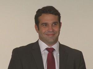 Carlos Percol, assessor de imprensa de Eduardo Campos que morreu na queda de avião. (Foto: Reprodução / TV Globo)