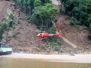 No primeiro dia de 2010, chuvas e deslizamentos mataram 53 pessoas em Angra dos Reis (Foto: Patricia Kappen/G1)