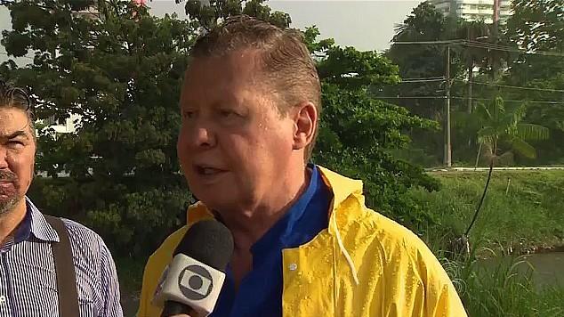 Prefeito Artur Virgilio Neto fala do circulo vicioso na operação de limpeza dos igarapés (Foto: Amazonas TV)
