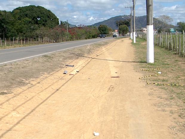 Local onde Danilo foi atropelado (Foto: Reprodução/ TV Gazeta)