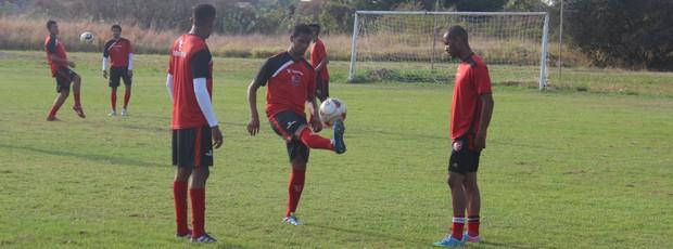 Flamengo-PI treino Copa Piauí 2013 (Foto: Renan Morais/GLOBOESPORTE.COM)