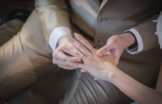 Casamento; Anel; Casar; Noivado; Noivos; Noiva;  (Foto: ThinkStock )