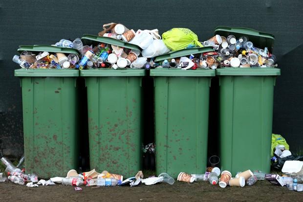 Latas de lixo (Foto: Andrew Redington/GettyImages)
