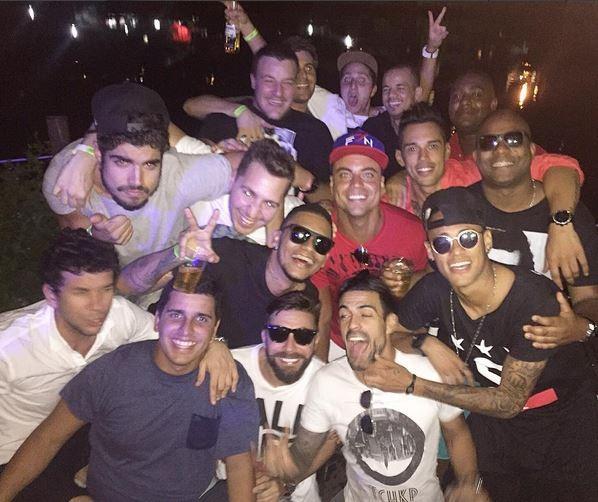 Neymar curte festa no Rio (Foto: reprodução/instagram)