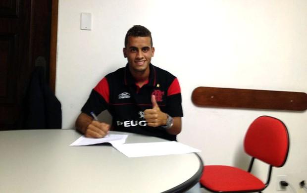 Rodolfo contrato Flamengo (Foto: Divulgação)
