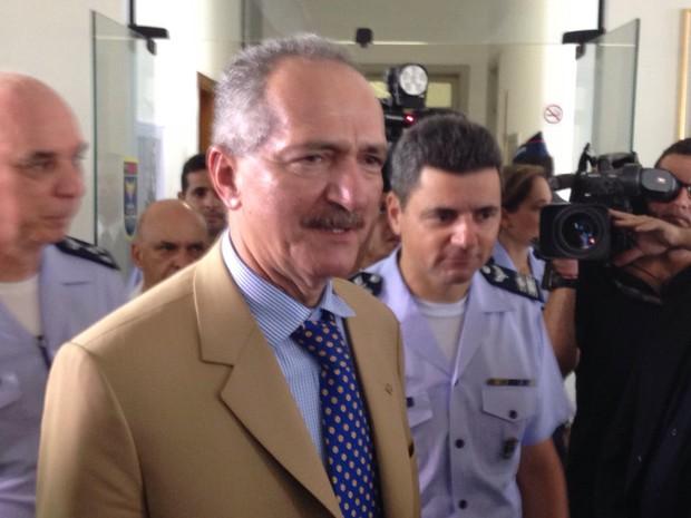 Ministro Aldo Rebelo visita Guarujá neste sábado (Foto: João Paulo de Castro / G1)