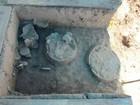 Urnas de sepultamento com mais de 500 anos são encontradas em RO