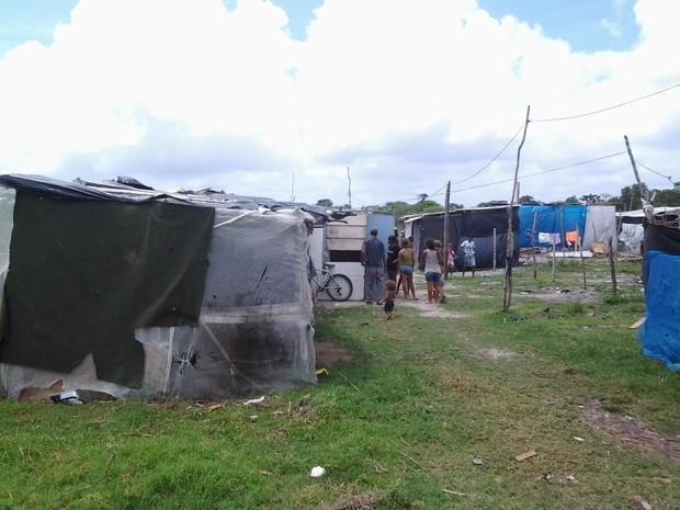 Invasão por trás do Centro de Conveções de João Pessoa (Foto: Antônio Carneiro/TJ-PB)