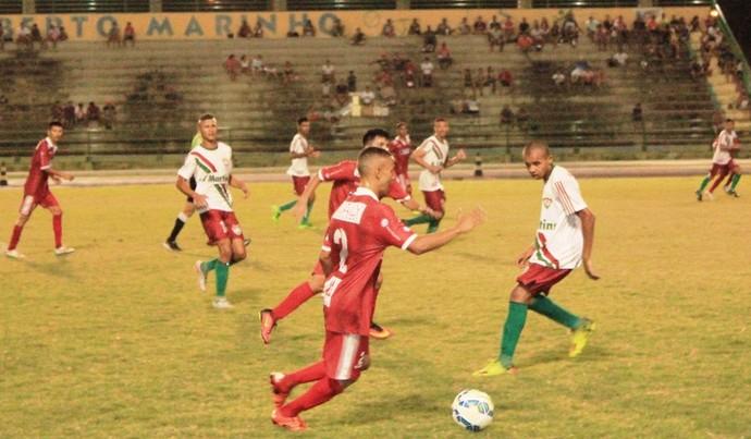 Atlético Roraima não se entendeu entre o meio de campo e o ataque; desemtrosados (Foto: Imagem/Tércio Neto)