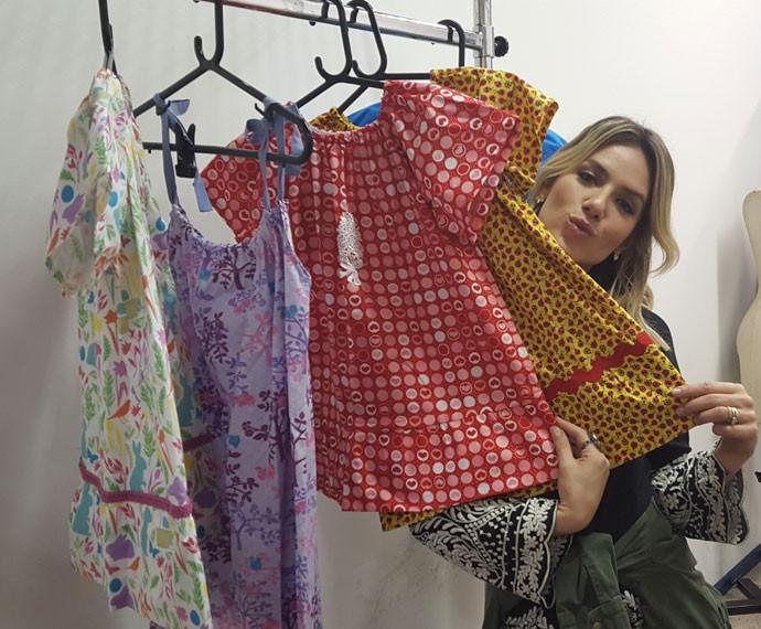 Giovanna Ewbank ensina a confeccionar vestidinhos (Foto: Rogério Zaidem/ Gshow)