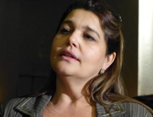 gislaine nunes advogada ronaldinho gaucho (Foto: Vicente Seda / Globoesporte.com)