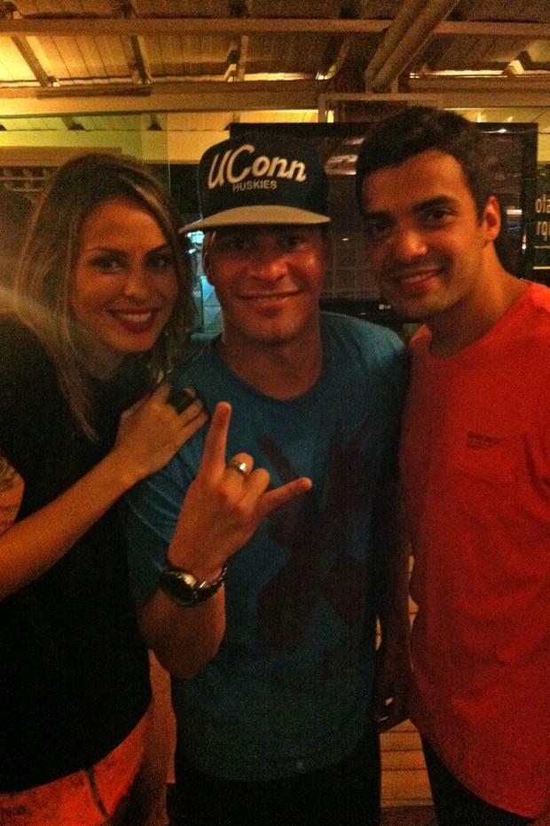 Gustavo Lins, Alinne Rosa e Thiago Martins (Foto: divulgação/divulgação)