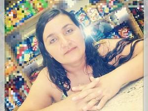 A dona de casa Luzia Silva da Rocha teria sido morta por uma bala perdida em Gurupi (Foto: Reprodução/Facebook)