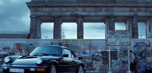 A eletrizante Berlim de 'Atômica' (Foto: Universal/Divulgação)
