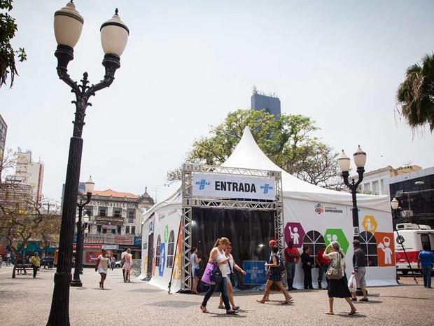 Tenda no Centro da cidade recebe interessados até sábado (8). (Foto: Ricardo Lima/Divulgação/Sebrae-SP)