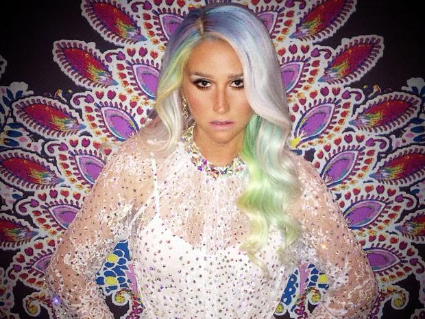 Cantora Kesha no Festival de Verão 02 (Foto: Divulgação)