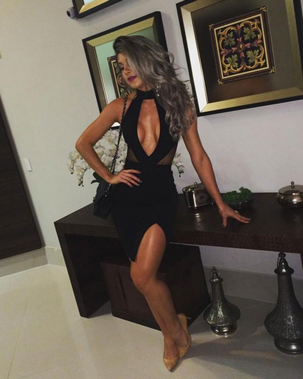 Ex-BBB Tatiele Polyana exibe look usado para badalar (Foto: Instagram/ Reprodução)