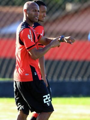 Joilson, volante do Atlético-GO (Foto: Zuhair Mohamad/O Popular)