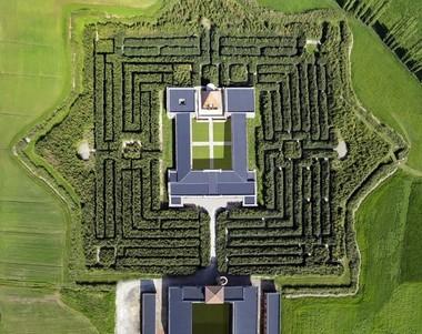 O labirinto visto por cima (FOTO: DIVULGAÇÃO)