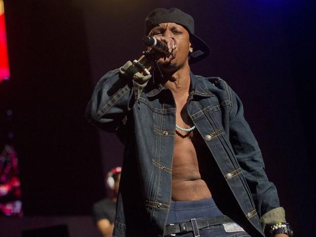 Rapper Chris Kelly, do Kris Kross, durante apresentação nos Estados Unidos em fevereiro de 2013 (Foto: Jonathan Phillips/Reuters)