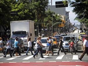 Trânsito em Curitiba Paraná (Foto: Luiz Costa/SMCS/Divulgação)