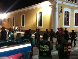 Vários órgãos participaram da operação (Foto: Divulgação/Polícia Militar)