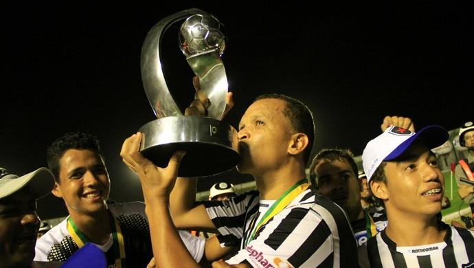 Botafogo-PB campeão da Série D 2013 (Foto: Rizemberg Felipe/Jornal da Paraíba)