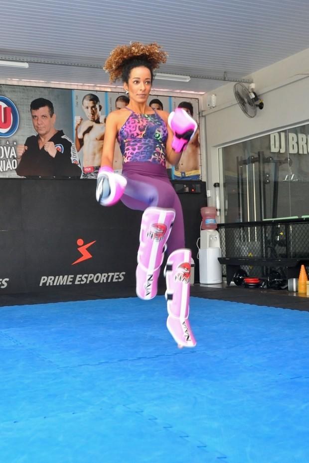 Alinne Prado  (Foto: Igor Igarashi / Divulgação )
