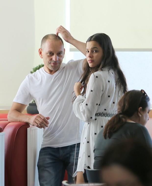Mayla e o pai, Volney (Foto: AgNews)