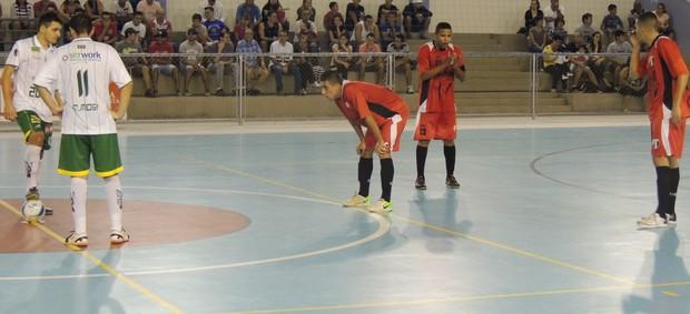 Mogi das Cruzes x Sertãozinho futsal  (Foto: Vitor Geron)