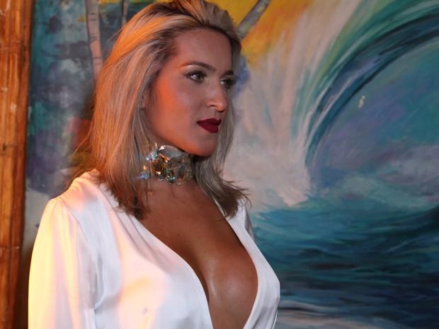 Dani Vieira em festa na Zona Oeste do Rio (Foto: Anderson Borde/ Ag. News)