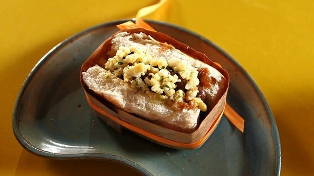 Sanduche de Moela na cerveja preta com farofa de ovo de codorna (Foto: Reproduo)