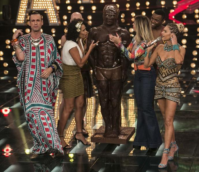 Sonho de consumo: homem de chocolate! (Foto: Inácio Moraes / Gshow)