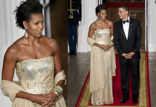 Michelle usa tomara-que-caia metálico de Naeem Khan (Foto: Getty Images)