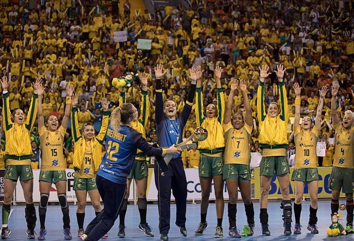 Brasil conquistq o título do Torneio Quatro Nações de handebol  (Foto: Cinara Piccolo/Photo&Grafia)