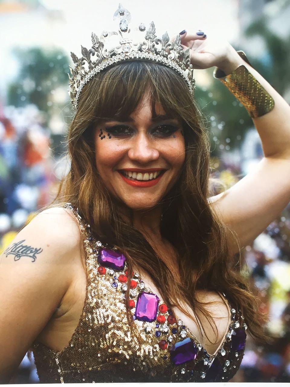 Alessandra Negrini, rainha do bloco, fará parte da programação cultural do novo espaço (Foto: Frâncio de Holanda)