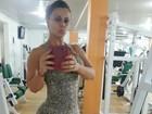 Às vésperas do carnaval, Viviane Araújo veste roupa justa para malhar