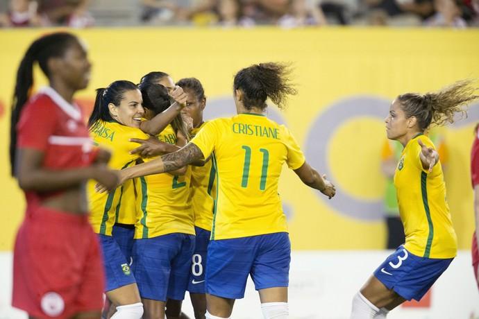 c2be40ed6f Colégio F.A.C  Brasil vence o Canadá e vai à semi do futebol ...