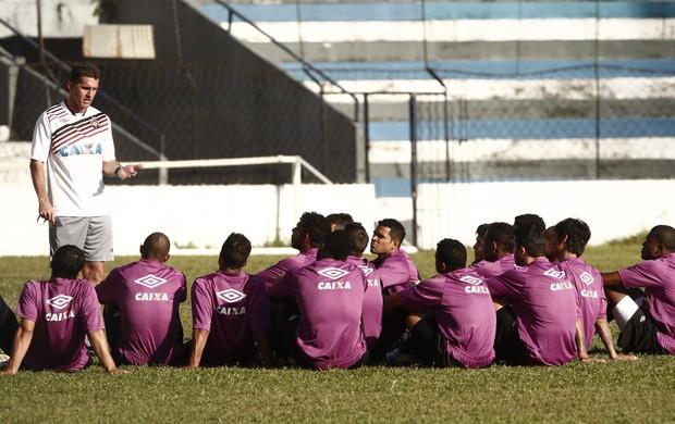 treino Atlético Paranaense no Estádio Baenão, em Belém (Foto: Tarso Sarraf / O Liberal)