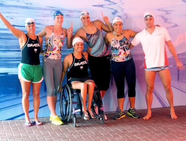 Nadadores no lançamento de novo programa de patrocínio  Equipe nissan (Foto: Lydia Gismondi / Globoesporte.com)