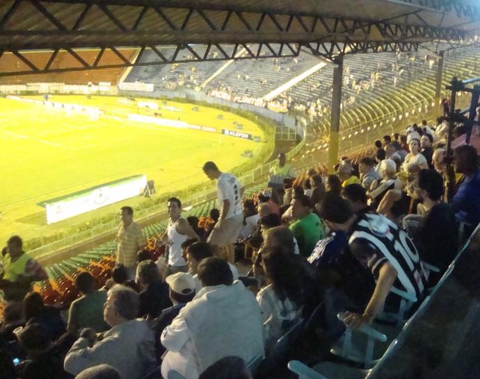 Estádio Municipal Radialista Mário Helênio 1 (Foto: Bruno Ribeiro)