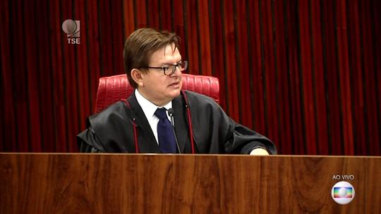 Relator conclui voto e pede a cassação da chapa Dilma-Temer