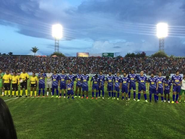 Gusttavo Lima faz jogo solidário com presença de Caio Castro (Foto: Divulgação/ Silvia Colmenero e Manuela Pimentel)