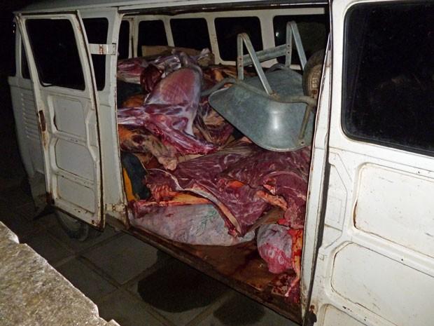 Como o produto é fornecido por matadores clandestinos, não há controle sanitário (Foto: Divulgação / Polícia Civil)