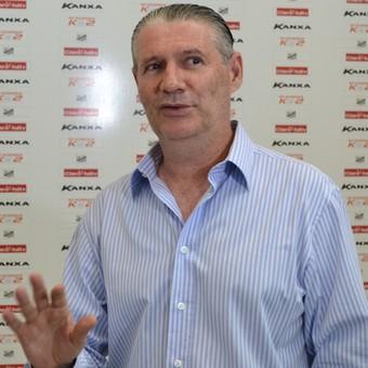 Técnico Márcio Araújo Bragantino (Foto: Filipe Rodrigues)