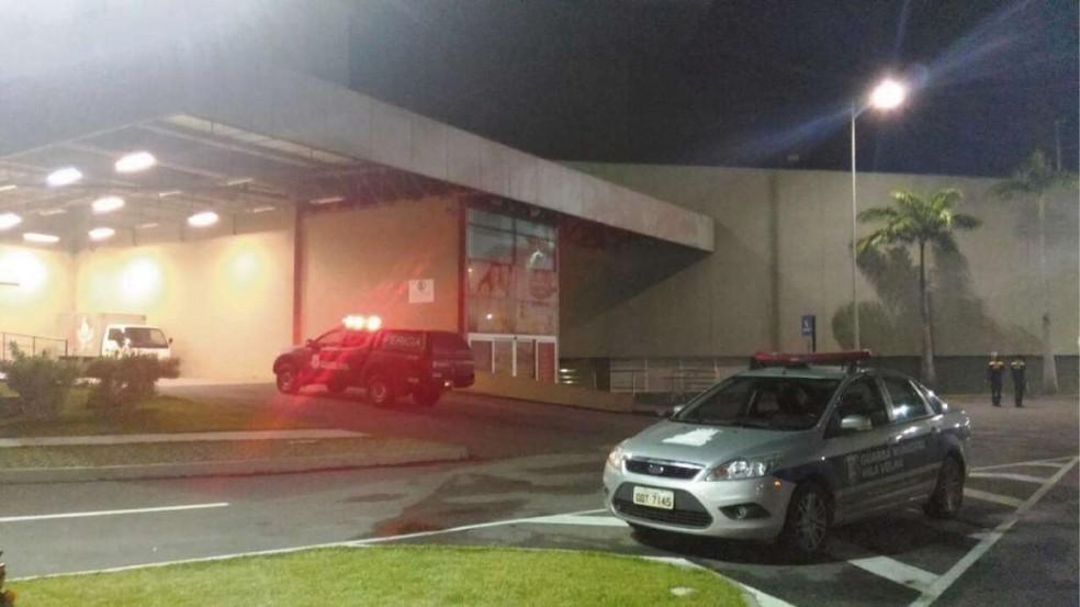 Crime aconteceu dentro de shopping em Vila Velha (Foto: A Gazeta)