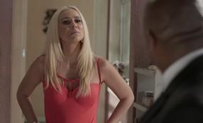 Maristela diz a Florisval que quer conhecer a sogra