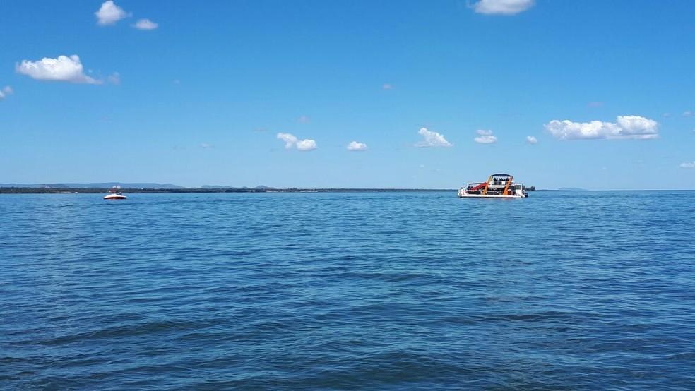 Família realizava encontro em flutuante (Foto: Wilton Dias/TV Anhanguera)