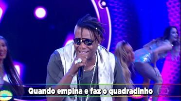 MC Sapão canta no 'Ding Dong'