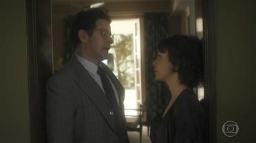 Verônica tenta convencer Saulo a adotar uma criança